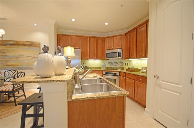 Valencia Condo at Jacksonville Beach FL - Kitchen