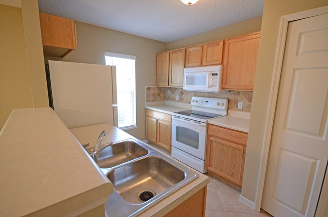 813 Bent Baum Rd - Rent to Own - Kitchen Area