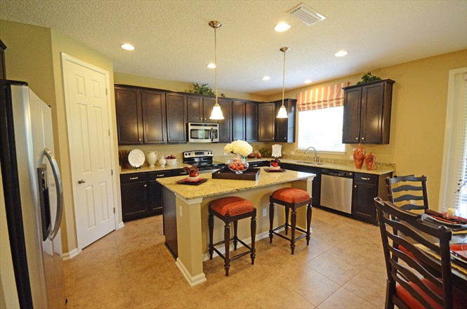 Victoria Lakes by D.R. Horton Northside Jacksonville FL - Model Home Kitchen
