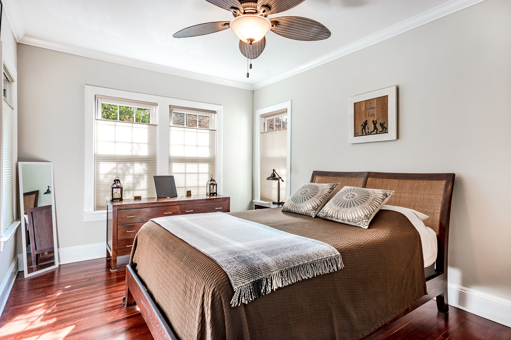 Master bedroom layout at 4561 College Street